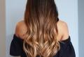 Balayage miel – une astuce beauté pour donner un coup d'éclat à ses cheveux
