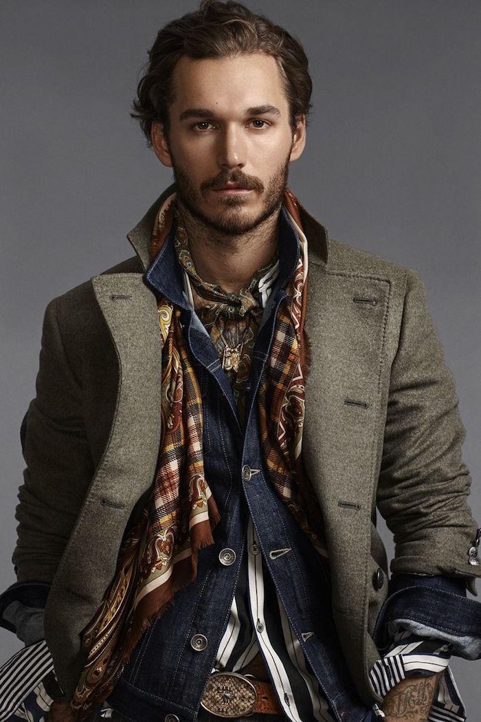 vetement boheme pour évènement chic habillé avec veste en laine jean et foulard style hermès