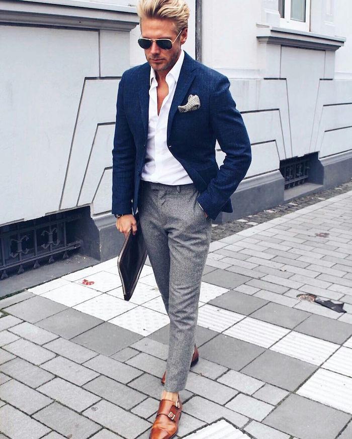 look homme mariage décontracté chic avec costume dépareillé pantalon beige et veste marine