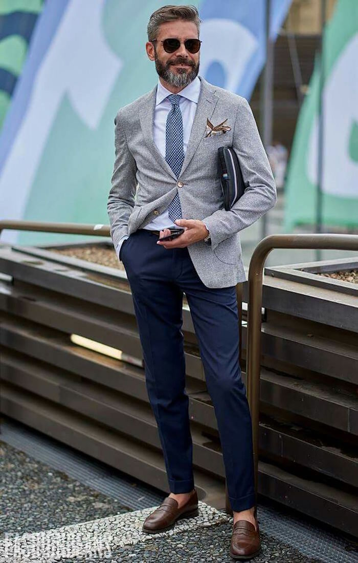 tenue mariage homme invité décontracté avec costume dépareillé gris bleu