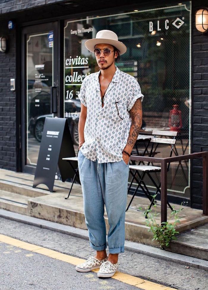 tenue boheme chic été pour homme avec chemisette et pantalon lin large cigarette style bobo hipster