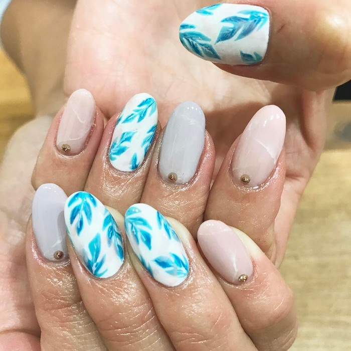 Idee ongle modele d ongle en gel, dessin ongle moderne pour l'été, deco ongle gel facile