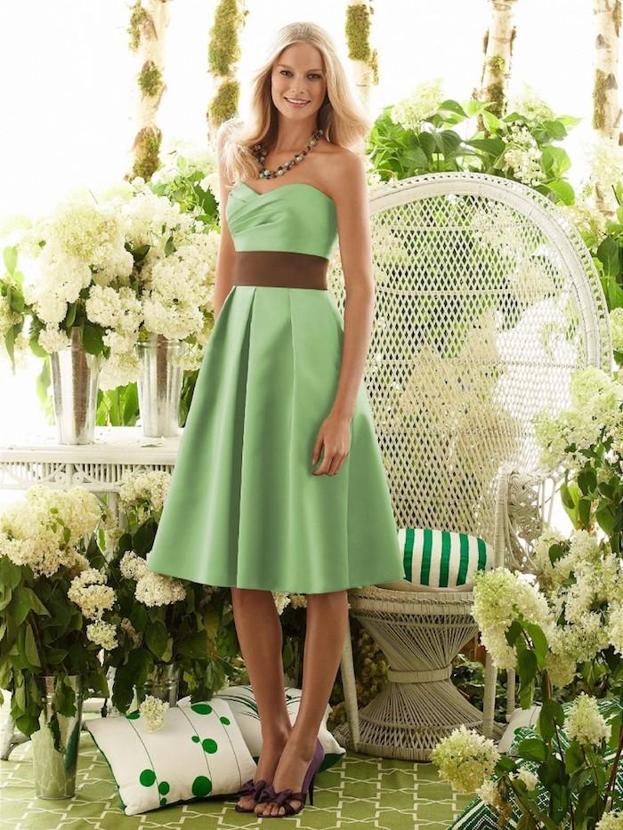 La plus belle tenue champetre chic femme adopter la robe champêtre chic pour femme vert robe courte romantique bustier coeur ceinture brune