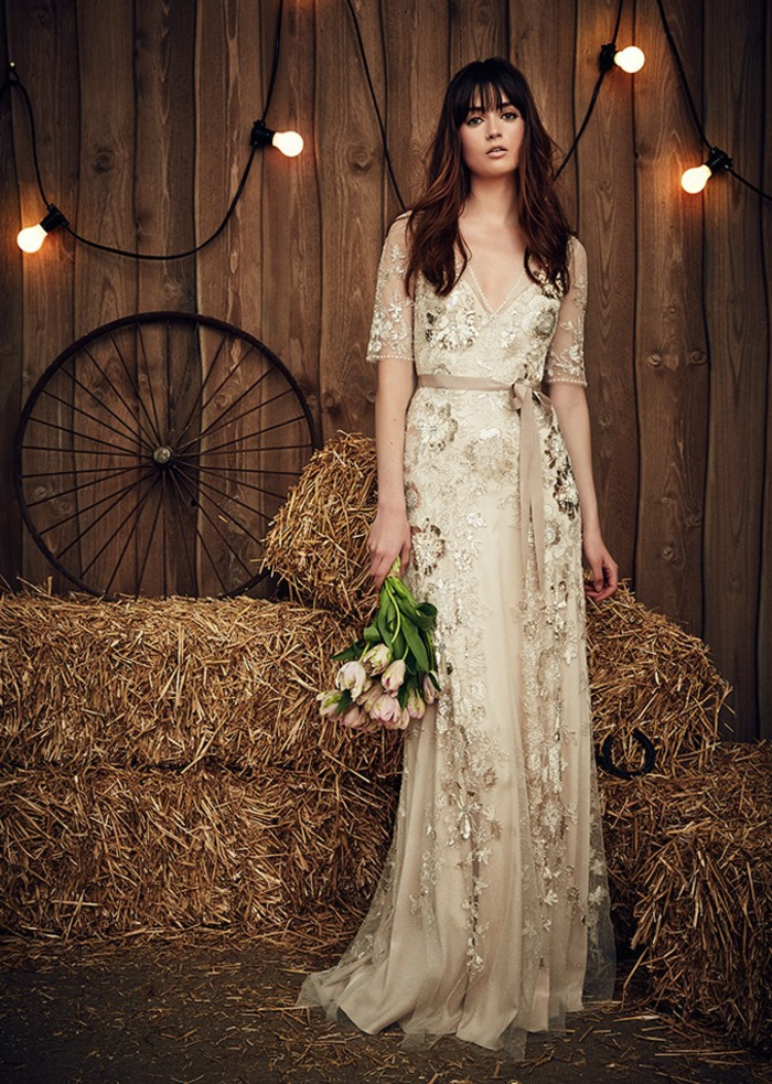 robe hippie chic dentelle, robe mariee booheme, robe longue boheme chic, vetement boheme romantique, modèle robe de mariée en écru