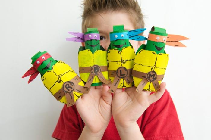 activité manuelle avec rouleau papier toilette, les tortues ninja réalisé avec des rouleaux de papier toilette