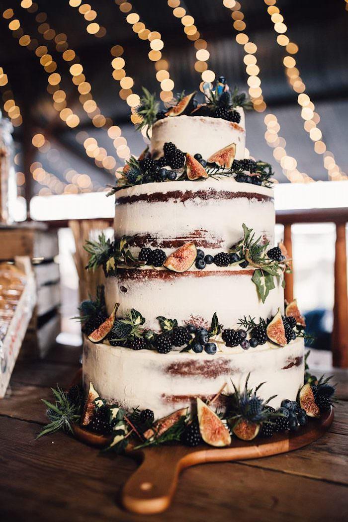 Idée de piece montee mariage, gateau mariage, cool idée de décoration gâteau mariage, figues et myrthes décoration cool