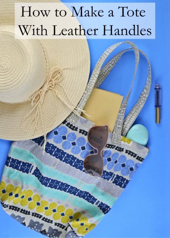 exemple de sac cabas toile aux motifs géométriques en couleurs gris bleu et jaune moutarde, modèle accessoire DIY facile pour plage