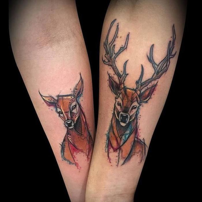 Tatouage géométrique animal coloré, cool idée pour deux, tatouage pour couple amoureux
