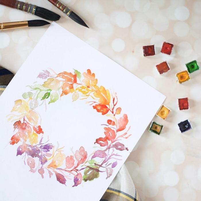 une couronne de fleurs à l'aquarelle, apprendre à réaliser des fleurs à l'aquarelle