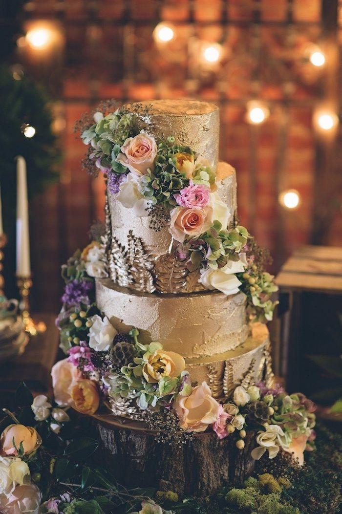 Le plus beau gateau du monde, image de gateau chef d oeuvre avec fleurs et couverture dorée, art pate a sucre