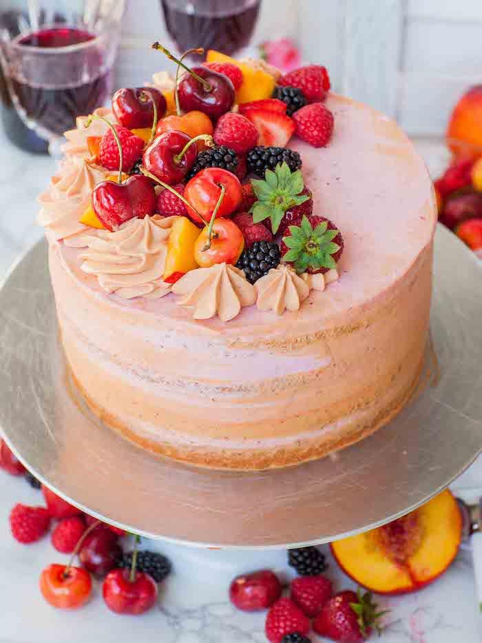 Gateau aux pommes leger, gateau sans farine, gateau au fromage blanc, décoration de fruits rouges