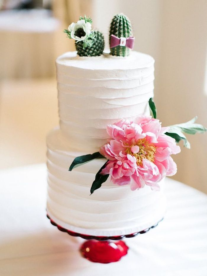 Figurines marie et mari en cactus, idée originale déco cactus mariage, idée originale gateau piece montee avec figurine, mariage gateau