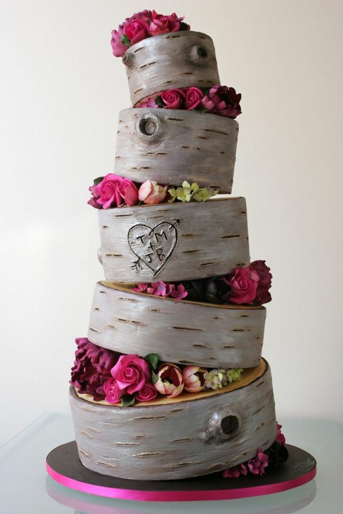 modelage de pâte détaillé, gateau mariage et anniversaire, tronçons de bouleaux