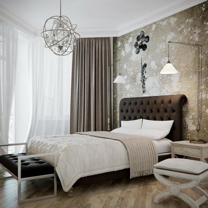 chandelier rustique pampilles, deco chambre moderne, banquette capitonnée, lampes de chevet oversized