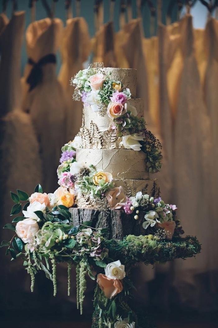 La meilleure idée de gateau mariage champêtre chic, gâteau de merveille avec beaucoup de fleurs, image de gateau beau