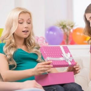 Cadeau baby shower: comment créer une bonne surprise? 66 idées