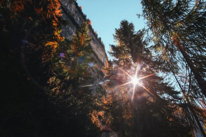 fond d'écran jolie paysage, foret, falaise, images d'automne pour fond d'écran