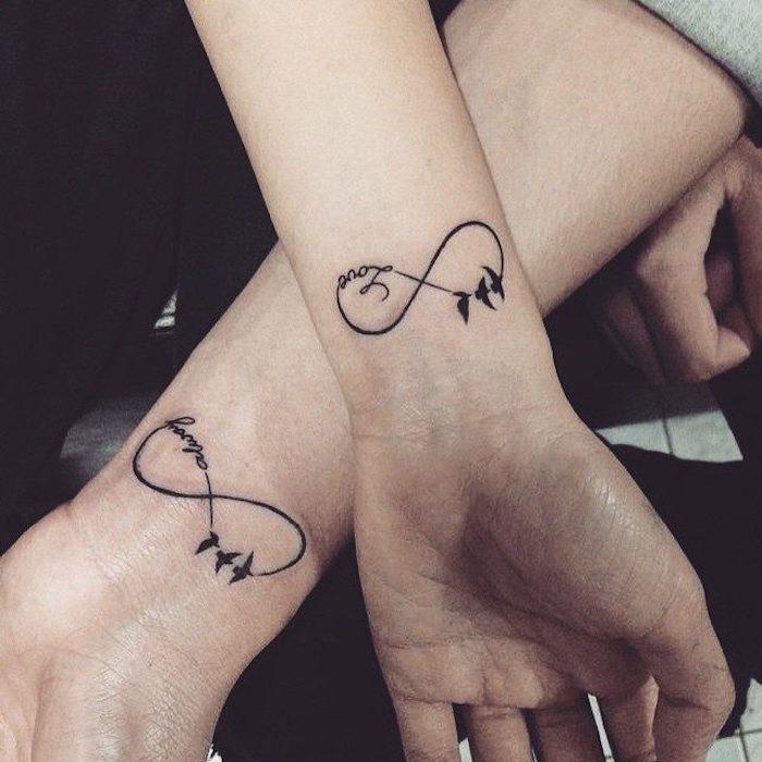 Idée tatouage infini amour commun, couple tatouage amour éternel, une idée de dessin simple avec oiseaux et le symbole de l'infini