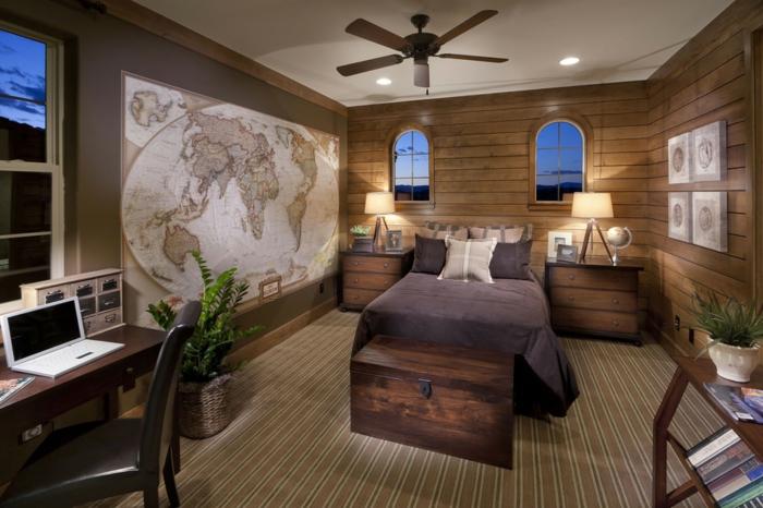 quelle déco pour chambre garçon ado, carte géographique, lampe ventilateur, lambris bois
