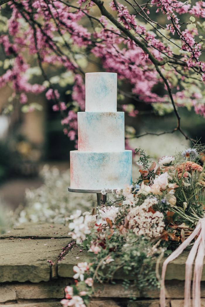 Gateau au chocolat, image de gateau pièce montée mariage choux, comment décorer un gateau
