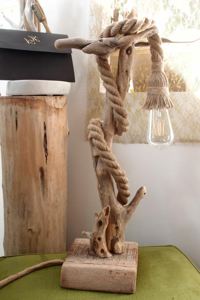 magnifique création en bois flotté et corde, bricoler des objets pour son quotidien