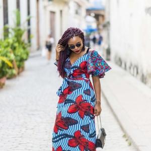 Le robe en wax haute en couleur : 90 modèles tendance qui font rêver