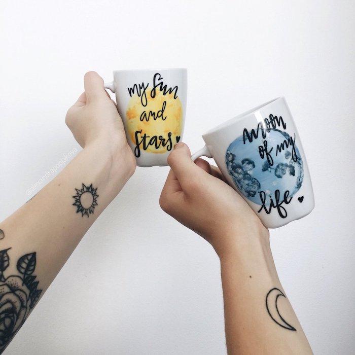 Idée tatouage kyne et soleil, tatouage amour éternel, photo de couple amoureux, dessin de peau symbolique sur le poignet