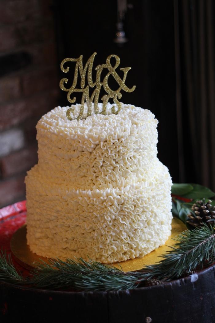 Idée gateau lux, gateau wedding cake, pièce montée mariage choux, choix simple
