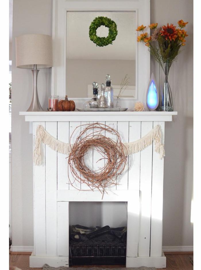 r chauffez l int rieur avec une fausse chemin e d corative plus de 80 magnifiques suggestions. Black Bedroom Furniture Sets. Home Design Ideas