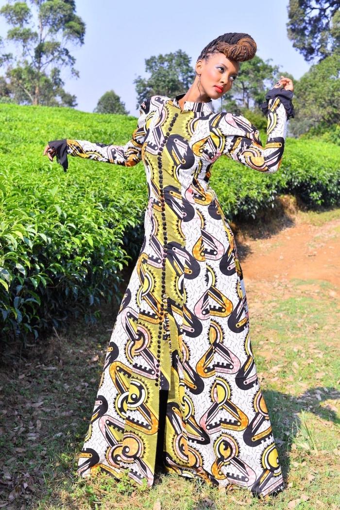 robe en wax maxi à manches longues avec volants contrastant et à col droit