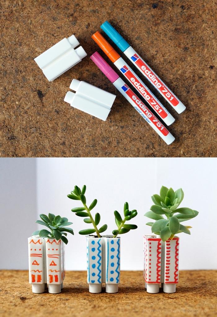 des blocs de légo détournés en mini-pots pour plantes grasses, pot de plante original réalisé à partir d'un objet recyclé