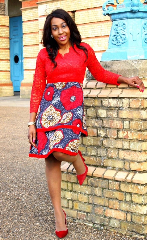 tendance mix and match, robe à motifs africains qui mixe les matières pour un rendu chic et harmonieux