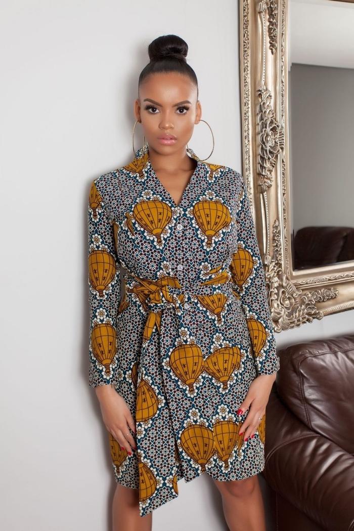 modele de robe africaine portefeuille avec manches longues, à gros motifs montgolfières