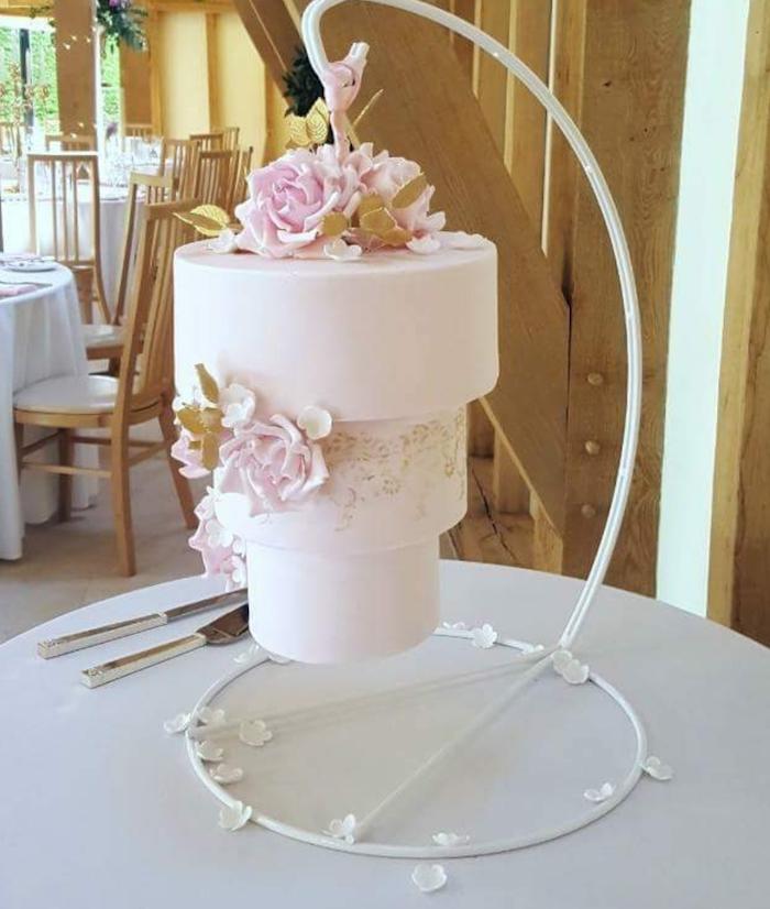 Image de gateau de mariage, le plus beau gateau du monde, gateau de mariage à rebours, originale idée de gateau