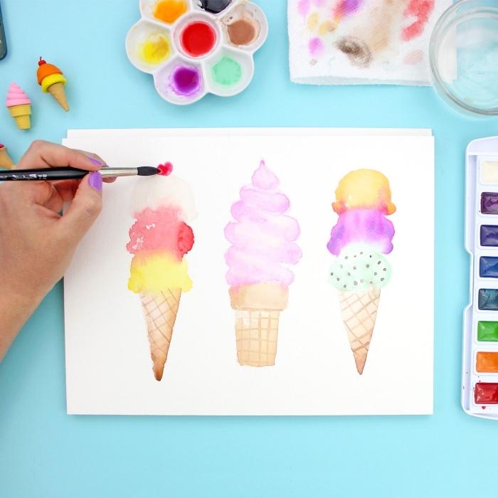 technique aquarelle simple et rapide pour peindre des cornets de glace fun et colorés, tuto peinture pour débuter l'aquarelle de façon fun et créative