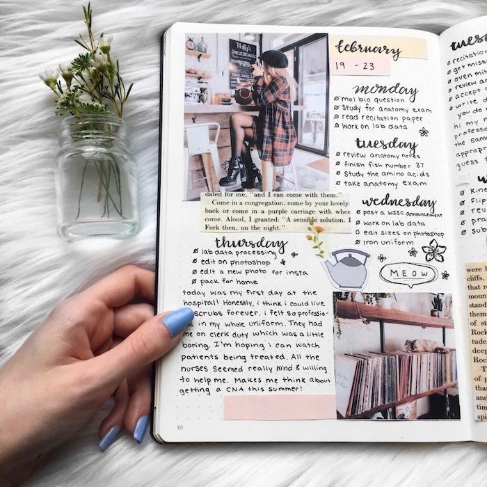 scrapbooking bullet journal idées avec des papiers de livre collés, photos et écritre calligraphique, agenda style tumblr