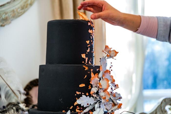 dessert de célébration, gateau anniversaire chocolat, gateau design minimaliste