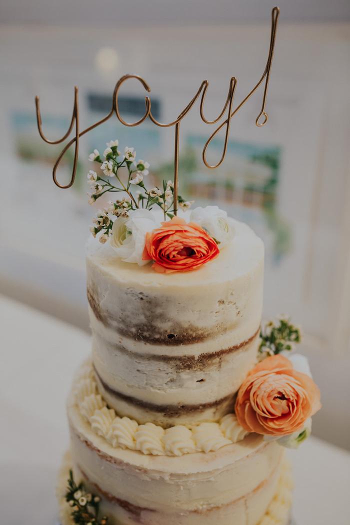 Idée de gateau nu mariage, gateau mariage, cool idée de décoration gâteau mariage