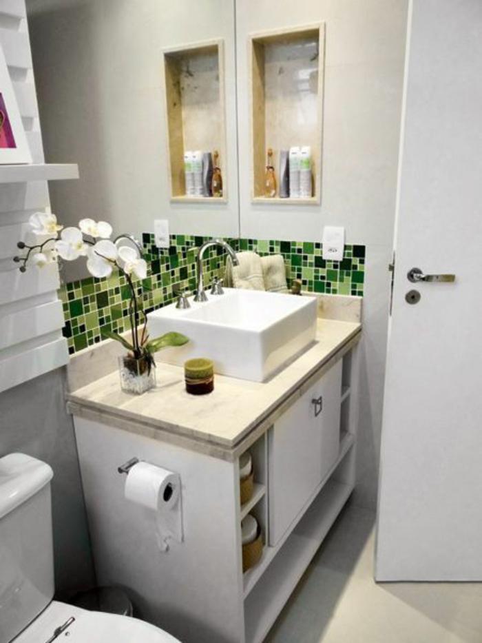 salle de bain 5m2, déco salle de bain zen, salle de bain zen et chaleureuse, meuble salle de bain avec lavabo blanc carré