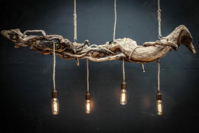 suspension avec ampoules, lampes électriques, chandelier rustique avec bois flotté