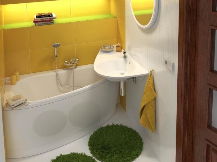 idée aménagement petite salle de bain 2m2, modèle rangement gain place avec niche murale à design carrelage jaune et éclairage néon