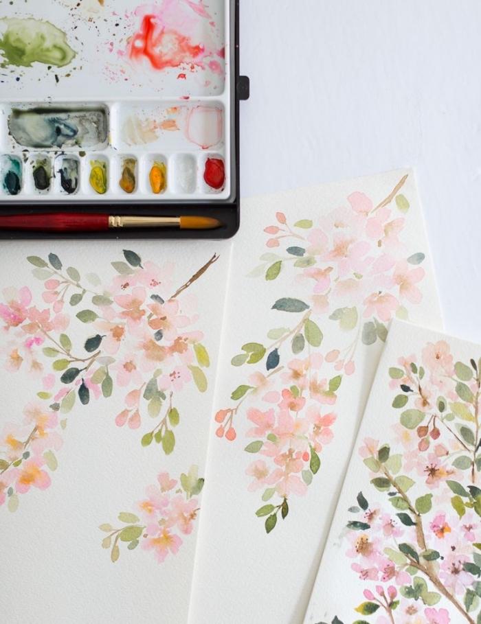 des branches fleuries à l'aquarelle aux nuances douces, peinture aquarelle composition florale