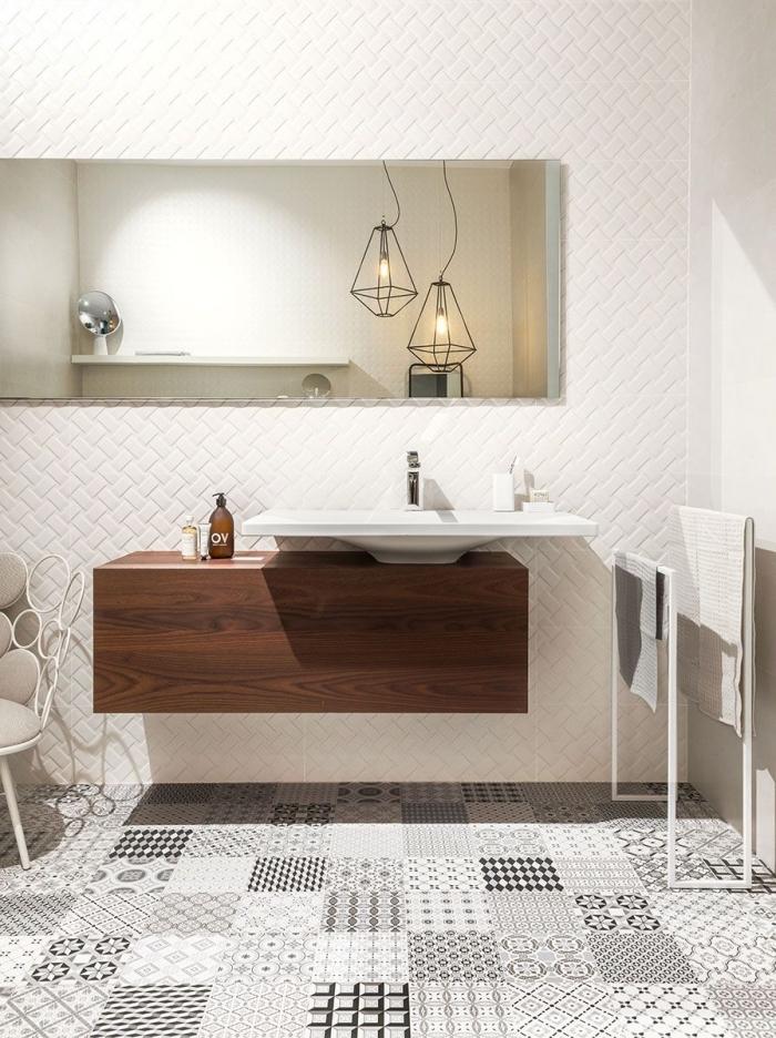 ambiance épurée et naturelle dans une salle de bains au sol en carreaux de ciment patchwork monochrome
