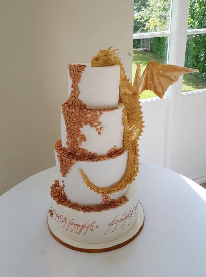 Le plus beau gateau du monde, image de gateau chef d oeuvre, art figurines pate a sucre, le seigneur des anneaux gateau de mariage thematique