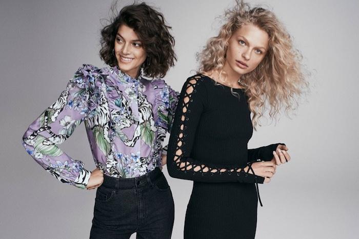 Look année 80 avec jean et chemise style vintage, vetement année 80, style cool des années quatre vingt