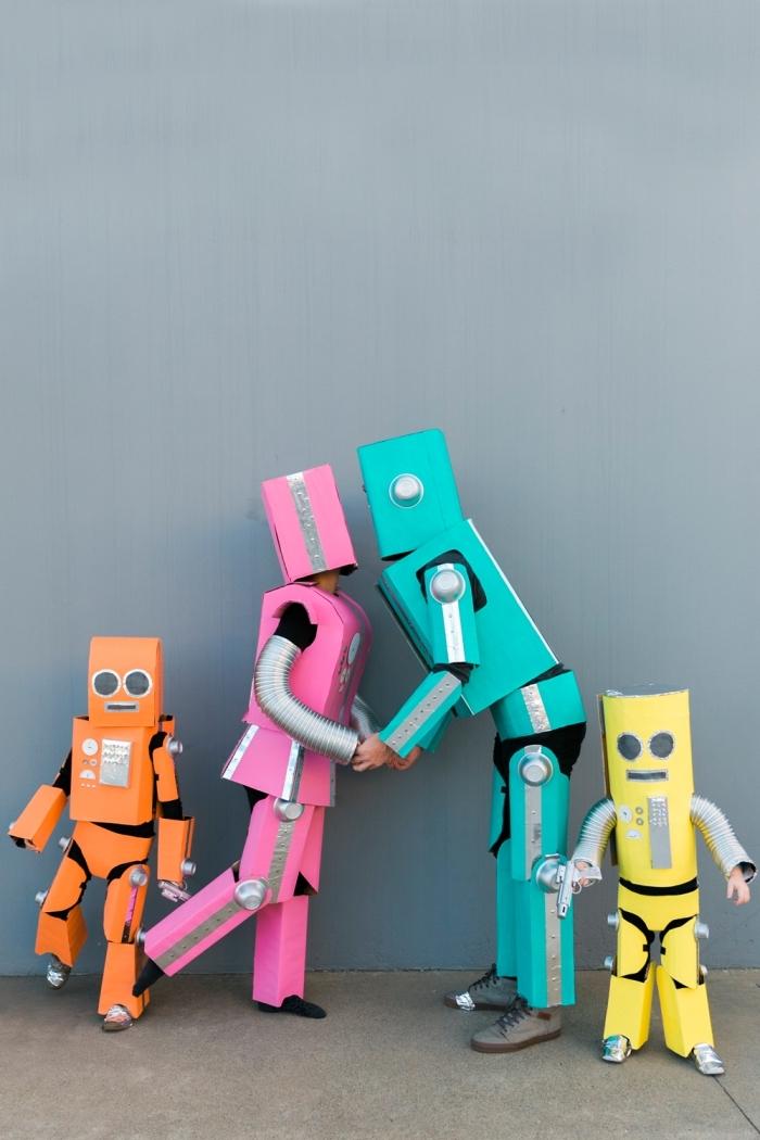 fabriquer des costumes de Halloween pour toute la famille, idée deguisement groupe à design costumes de robots en carton
