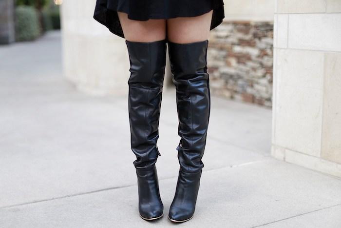 quelles bottes choisir pour son déguisement de halloween réussi, jupe noire pour une soirée halloween