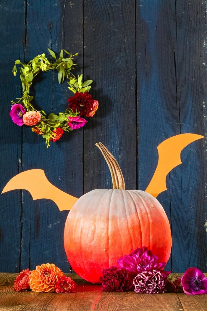 design intérieur en style Halloween avec objets DIY, modèle de citrouille Halloween à peinture ombrée blanc et orange