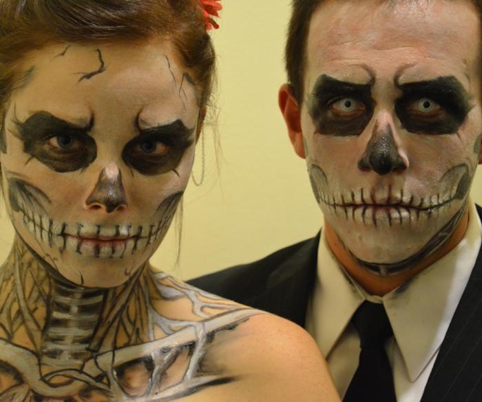 déguisement couple pour halloween, maquillage halloween femme et home squelettes