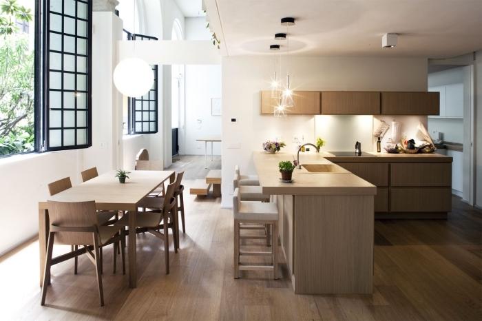 design intérieur accueillant et moderne dans une cuisine en L, modèle de cuisine ouverte équipée avec meubles bois